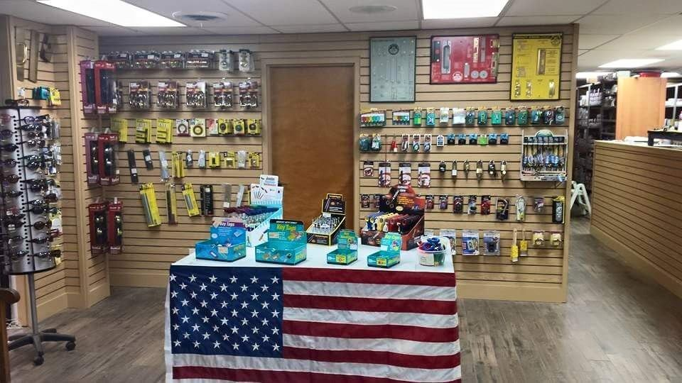 Keller Store Display